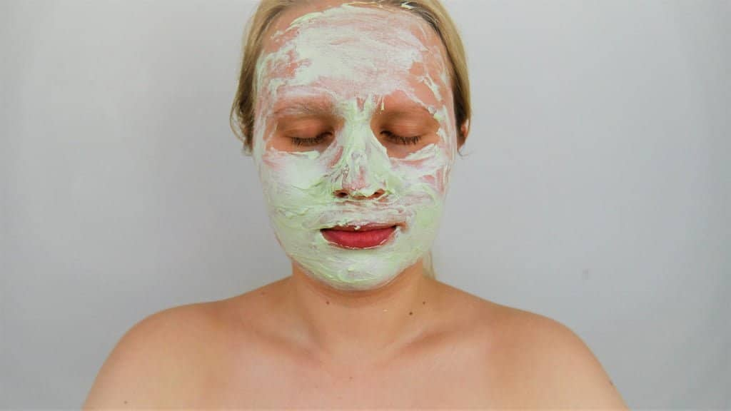 Green yogurt facial mask