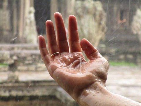 rain on hands
