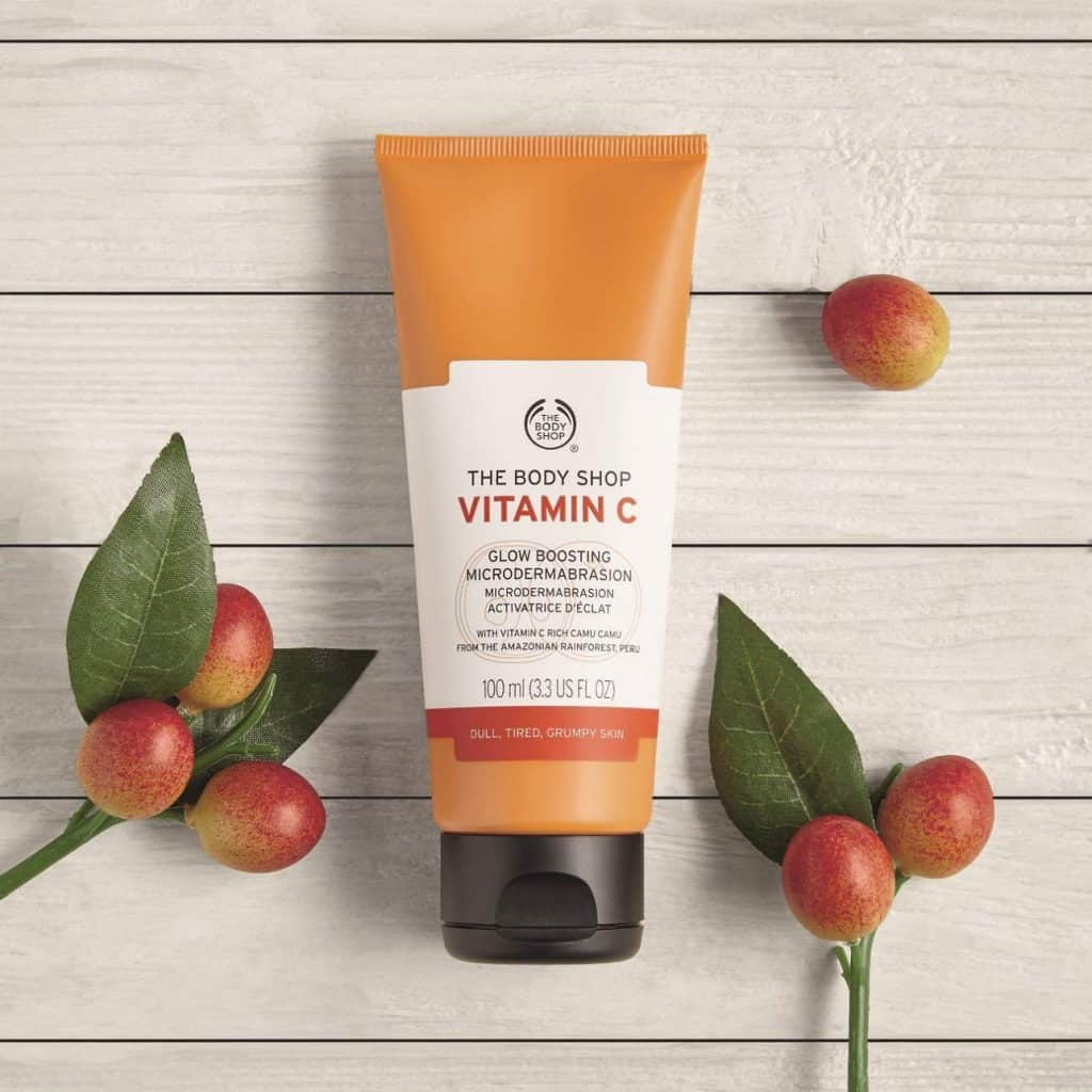 Body Shop Vitamin C Glow Boosting Exfoliator Product Image